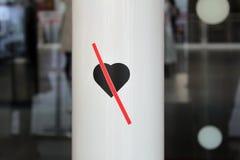 Geen Liefde Geen ga binnen Ga zonder Liefde binnen royalty-vrije stock foto