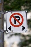 Geen parkerenteken Stock Afbeeldingen