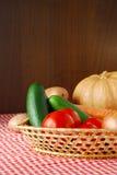 Geerntetes Gemüse auf Landwirtmarkt Lizenzfreies Stockfoto