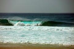 Gefäß-Welle, Sonnenuntergang-Strand, Hawaii Lizenzfreie Stockbilder