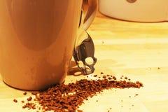 Gefährlicher Kaffee - denken Sie, bevor Sie trinken Lizenzfreies Stockfoto