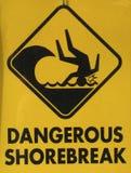 Gefährliches Shorebreak Stockbild
