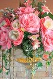 Gefälschte rosa Rosen Stockbilder