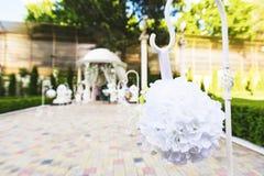 Gefälschter Blumen-Ball Lizenzfreie Stockfotografie