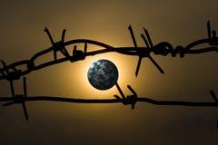 Gefängnis und Erde Lizenzfreies Stockbild