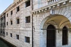 Gefängnis in Venedig Stockbilder