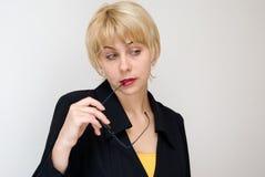 Gefühle und Gewohnheiten der Geschäftsfrau stockfoto
