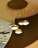 Geführte hängende Lampe lizenzfreies stockbild