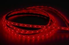 Geführte Neonbeleuchtung, rote Farbe stockbild