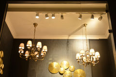 Geführtes Scheinwerferlicht benutzt im Schaukasten Stockbilder