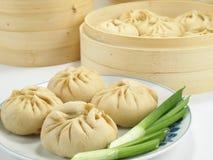 Gefüllte chinesische Brötchen stockbild