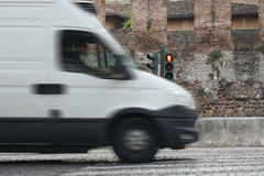 Gefahr am Fußgängerübergang Stockfotos