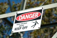 Gefahr - Hochspannung lizenzfreies stockfoto
