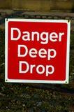 Gefahren-tiefer Tropfen 01 Lizenzfreies Stockbild