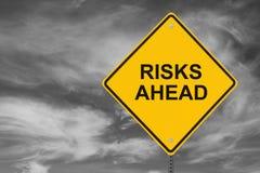 Gefahren voran Lizenzfreie Stockbilder