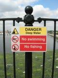 Gefahrenwasser Stockfoto