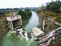 Gefallene Brücke lizenzfreies stockfoto