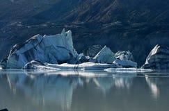 Gefallener Eisberg auf Tasman Gletschersee, Neuseeland Lizenzfreie Stockfotografie