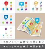 Gefalteter Stadtplan mit GPS Pin Icons und Markierungen Lizenzfreies Stockbild