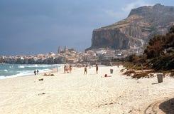 Gefalu, playa. Sicilia, Italia Foto de archivo libre de regalías