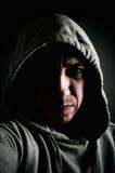 Gefährlicher mit Kapuze Verbrecher Lizenzfreies Stockbild