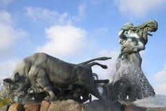 Gefion skräddarsy tjurar copenhagen springbrunn arkivfoton