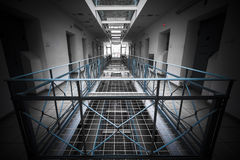Gefängnis nach innen Stockbilder