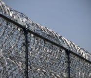 Gefängnis-Zaun Lizenzfreie Stockfotos