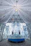 Gefrieren Sie die Kirche, die vom Eis auf die Oberseite von Hrebienok, hohes Tatras Slowakei gemacht wird Stockfotografie