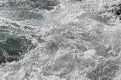 Gefrorene Bewegung des Wassers Stockfoto