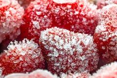 Gefrorene Erdbeerenahaufnahme lizenzfreies stockbild