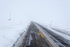Gefrorene Straße, Norwegen Lizenzfreie Stockbilder