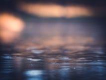 Gefrorene Teich-Zusammenfassungs-bunter Unschärfe-Eis-Hintergrund Stockfoto