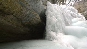Gefrorene Wasserfälle, See Louis, Johnston Canyon Lizenzfreie Stockfotos