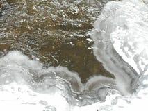 Gefrorener Fluss Stockfoto