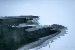 Gefrorener Fluss stockbild