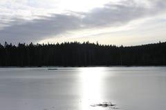 Gefrorener Milovy See, Vysocina-Bereich, Tschechische Republik Stockbild