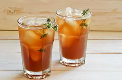 Gefrorener Tee lizenzfreies stockfoto