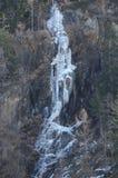 Gefrorener Wasserfall stockfotografie