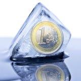 Gefrorenes Eurobargeld Stockbild