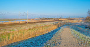 Gefrorenes Feld im Winter Lizenzfreies Stockbild