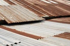 Gegalvaniseerd, Horizontaal dak, roestig, Stock Foto