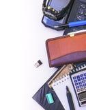 Gegenstände benutzt im Büro als Rahmen Stockfotografie