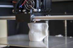 Gegenstände gedruckt durch Drucker 3d Lizenzfreie Stockfotografie