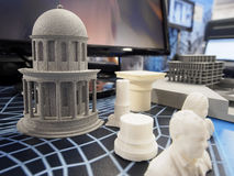 Gegenstände von einem Drucker 3D Lizenzfreies Stockfoto