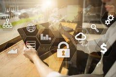 Gegevensbescherming, Cyber-veiligheid, informatieveiligheid en encryptie Internet-technologie en bedrijfsconcept royalty-vrije stock fotografie