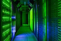 Gegevenscentrum, Serverruimte de telecommunicatietechnologie van Internet en van het netwerk stock foto's
