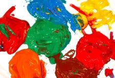 Gegossene Farbe von verschiedenen Farben Gouache, acrylsauer Lizenzfreie Stockfotografie