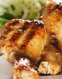 Gegrillte Hühnerbeine Stockfotos