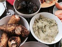 Gegrillte Nahrungsmittel stockfotografie